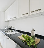 Modern white kitchen — Stockfoto
