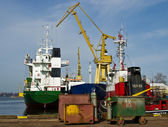 Ships at the quay — Stock Photo
