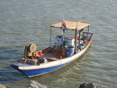 Small Thai fishing boat — Stock Photo