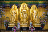 Golden buddha statue in the temple — Stock Photo