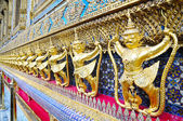 Garuda Statue — Stock Photo