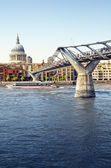 St Paul's Cathedral and Millennium Bridge. — Stock Photo