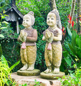 Welcome twin children statue thailand — Stock Photo