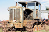 Abandoned tractor — Stock Photo
