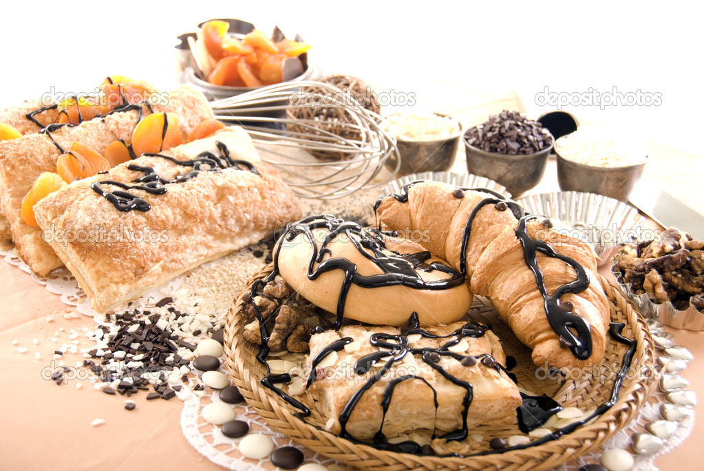 Photo of sweets, batch and nuts — Stock Photo #4021280
