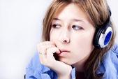 Kulaklık genç kız — Stok fotoğraf