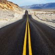 Road through death valley national park - Stok fotoğraf