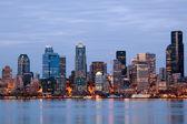 Seattle Washington skyling at twilight — Stock Photo