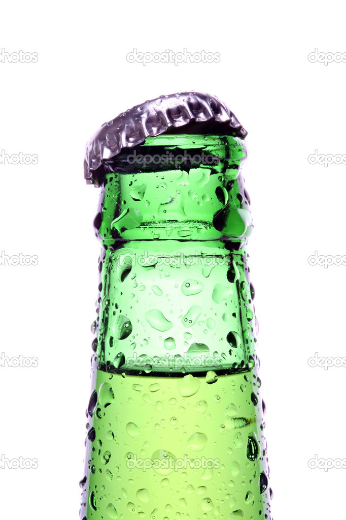 Bottle isolated on white, a green bottle closeup with water droplets — Stock Photo #3892793