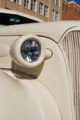 Classic Beige Sedan Car from thirties — Stockfoto