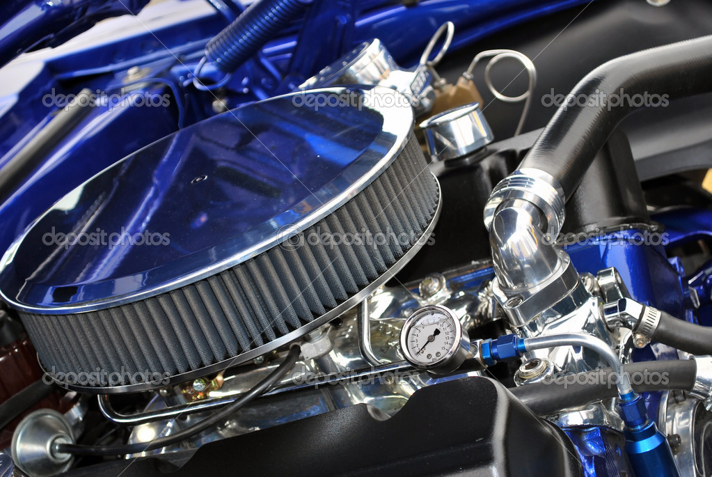 Muscle Car Engine Air Cleaners : Blue muscle engine and air filter — stock photo danahann