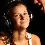 chłopiec dziewczynka i słuchawki — Zdjęcie stockowe