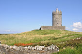 Ancient irish castle on west coast ireland — Stock Photo