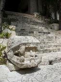 Mayan sculpture — Stock Photo