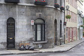 Garbage day in Old Quebec — Stock Photo
