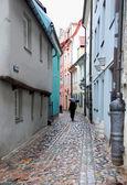 úzká ulice v Rize