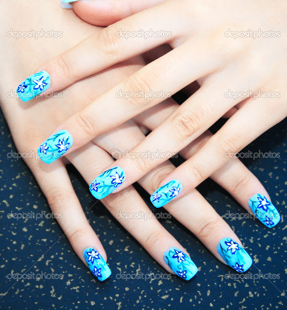 handen met nagel kunst — Stockfoto © ruzanna #3344161