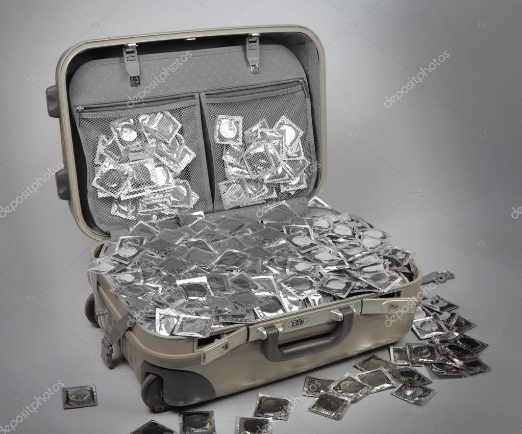 depositphotos_2923626-stock-photo-suitcase-full-of-condoms.jpg