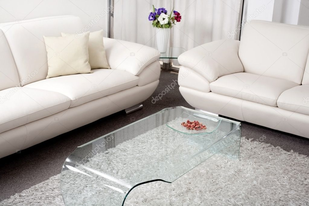 Modern White Leather Couch U2014 Stock Photo #3710217