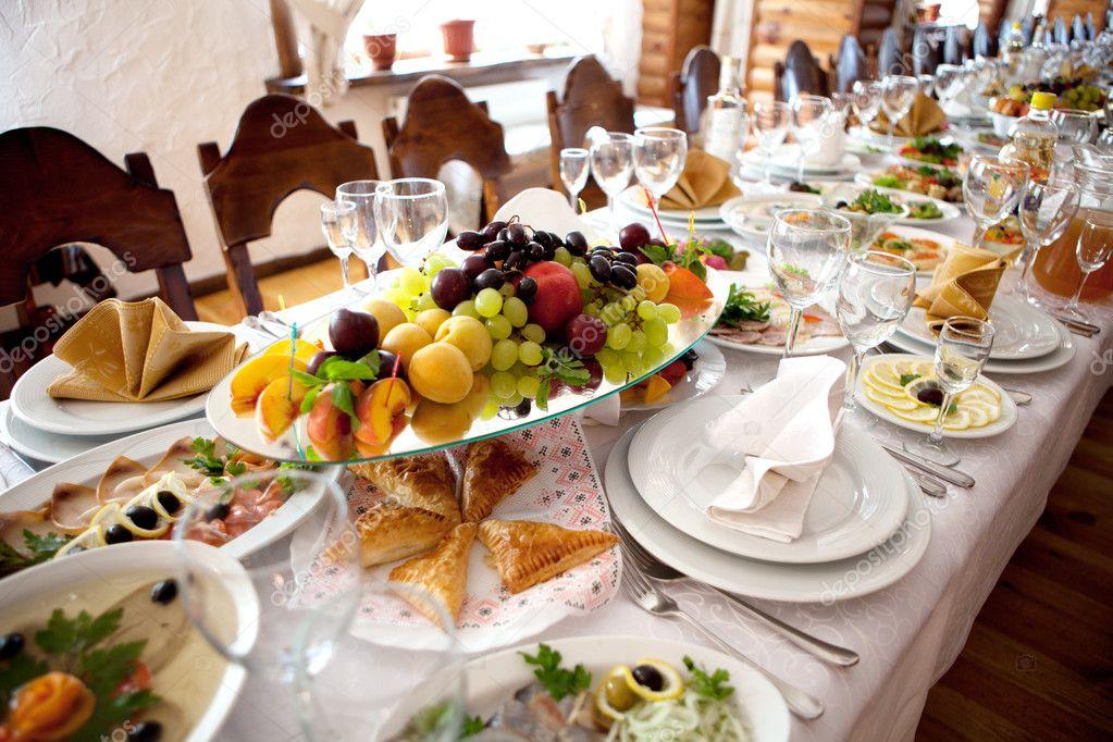 table de banquet — Photographie remzi1977 © #3593689