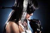 Fényképek Cyber lány-kábellel csatlakozik a fej