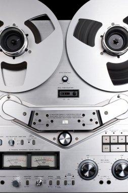 Reel-to-reel recorder
