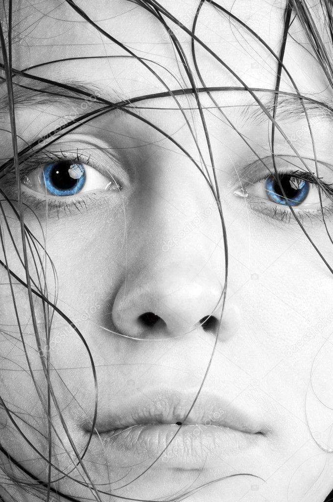 https://static4.depositphotos.com/1000833/432/i/950/depositphotos_4320311-stock-photo-wet-women-face.jpg