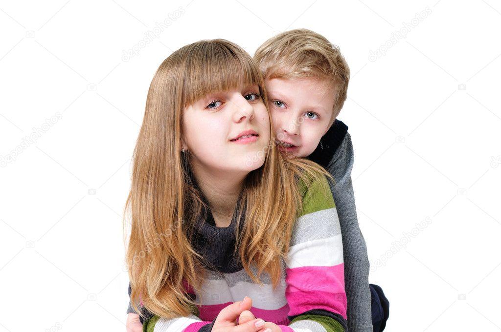 С брата сестрой анальный смотреть секс