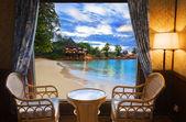 Hotel pokoje a pláž krajina