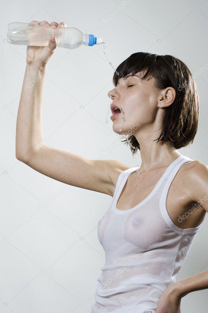 donna bagnata — Foto Stock © krivenko #3364513