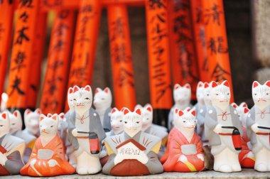 Foxes at Fushimi Inari shrine