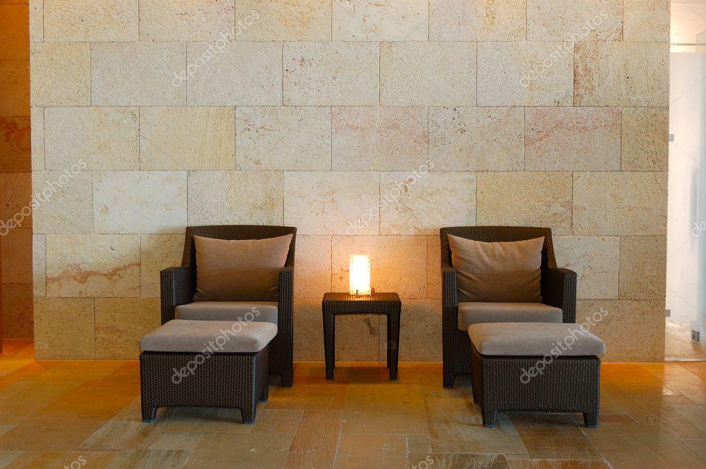 Entspannung Stühle Im Modernen Spa, Kreta, Griechenland U2014 Foto Von Slava296