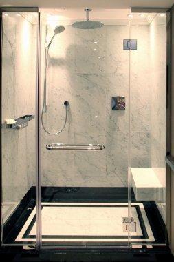 Shower cabine