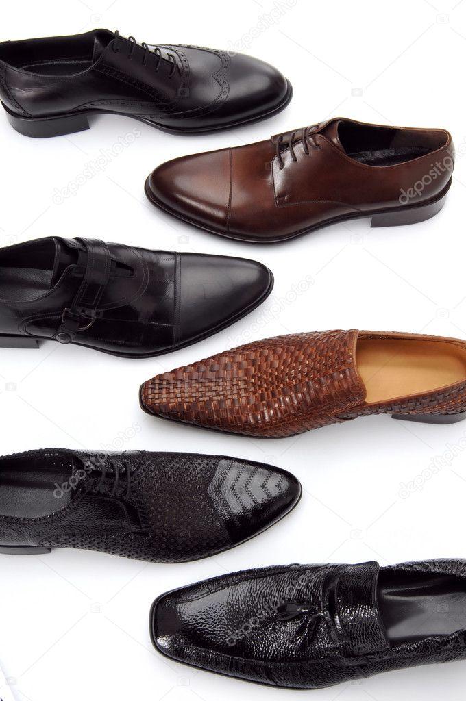 verschiedene Herren Schuhe isoliert auf weiss — Stockfoto ... bca52f004c