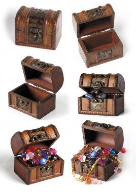 Set of treasure chests