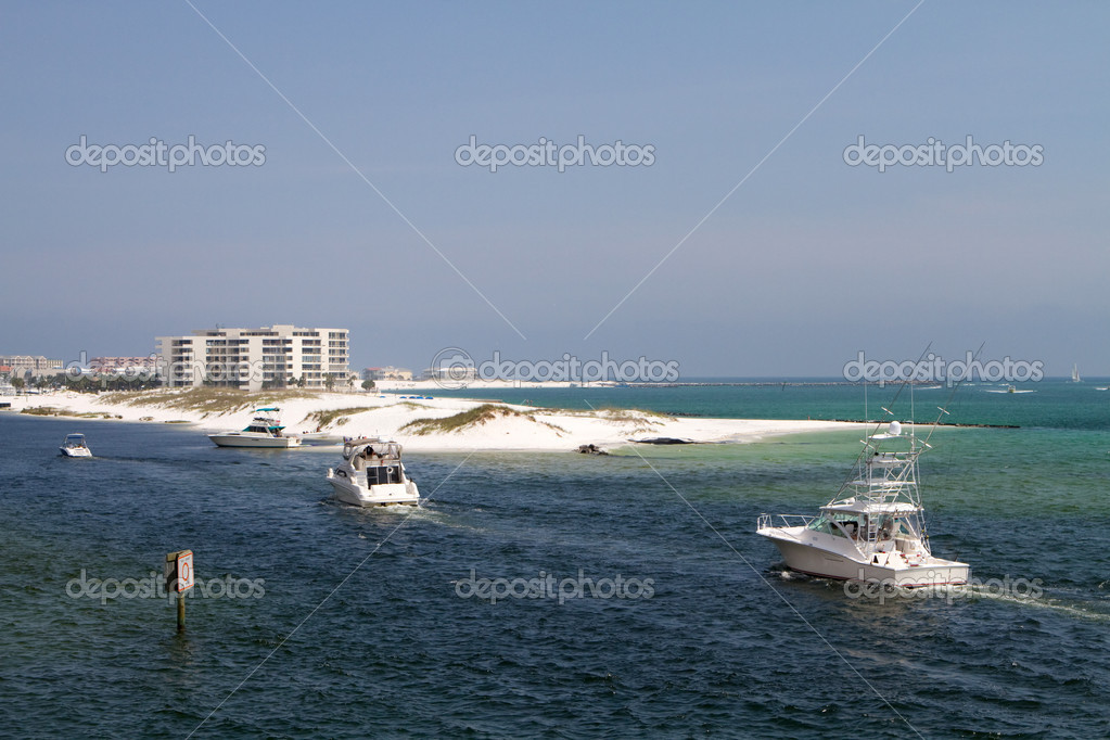 Boats In Destin Harbor