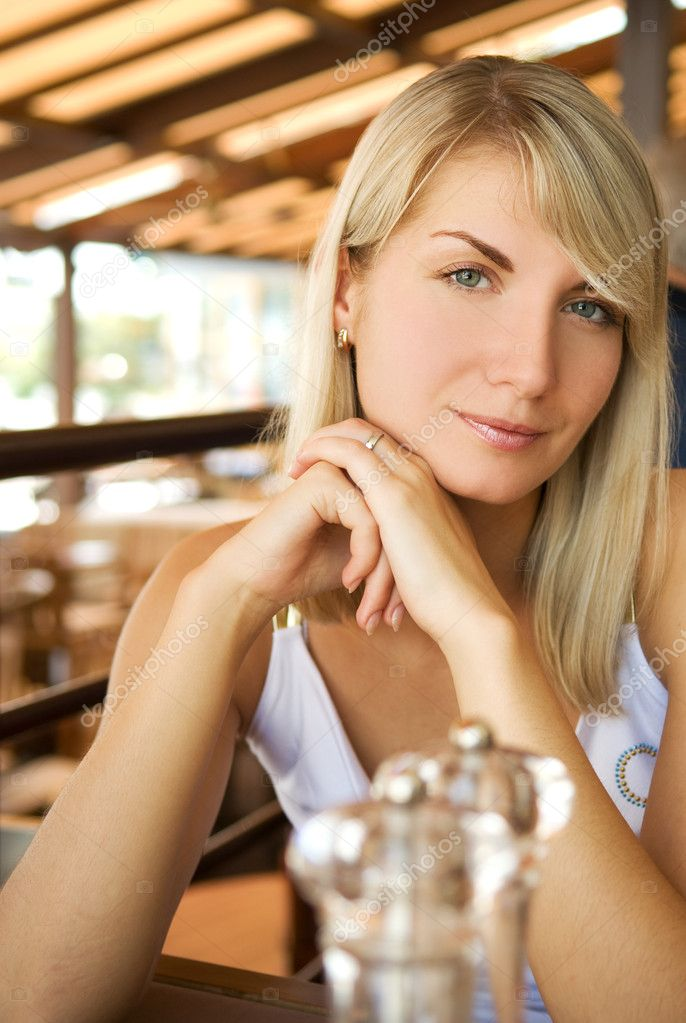 Beautiful Eat In Kitchens: Beautiful Young Woman Eating Vegetarian Food In A