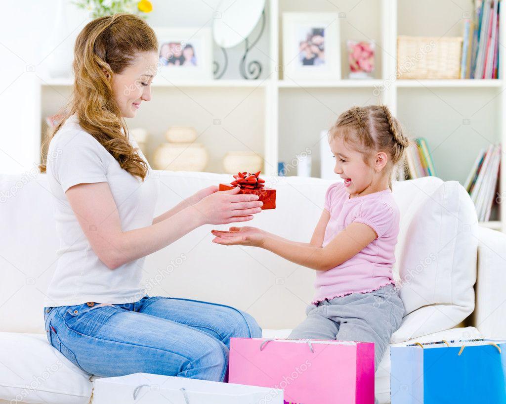 Картинки дочка лучший подарок, помолвкой
