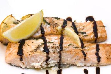 Salmon with balsamic vinegar