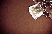 Fotografia nero e rosso poker fiches sullo sfondo - gr