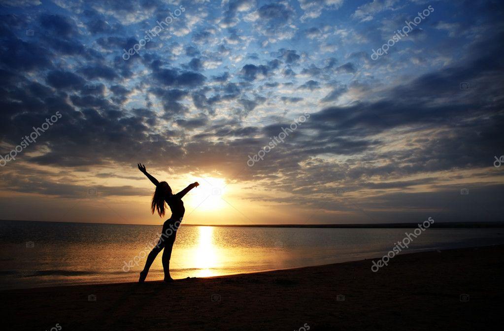 Pleausre of the sunset beach
