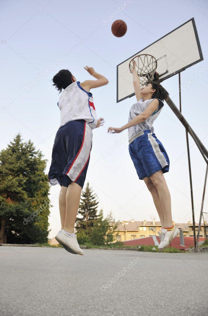 Woman basketball