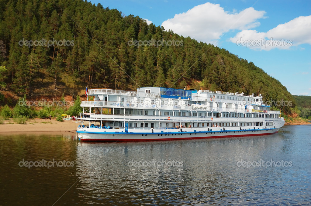 White river cruise boat