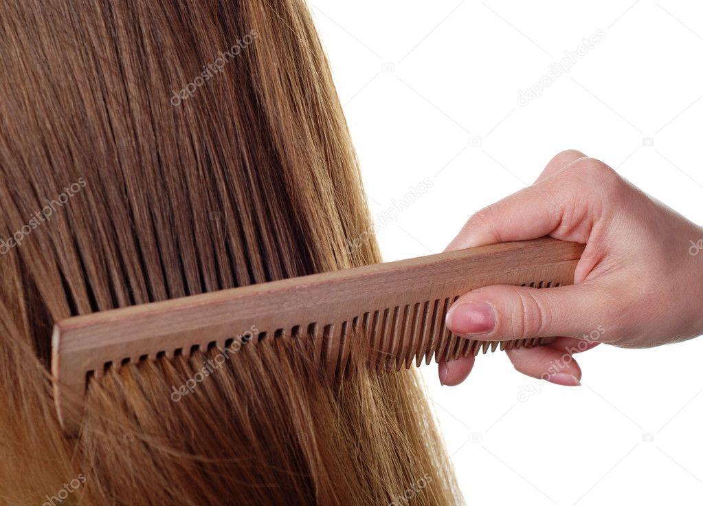 Какой расческой лучше всего расчесывать волосы какими