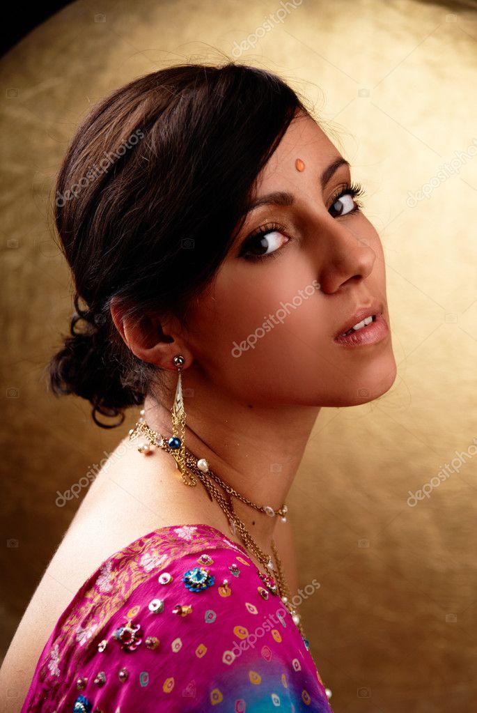 Donna indiana foto stock overdriven 3066276 for Piani di progettazione domestica indiana con foto