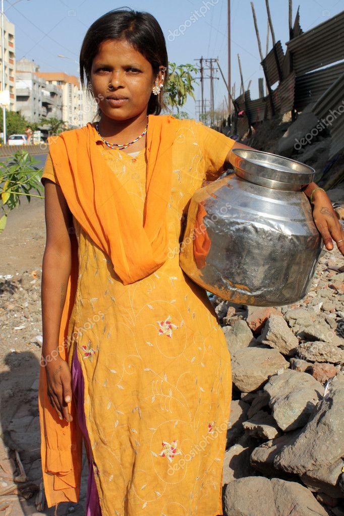 Девушек фото индии нищих