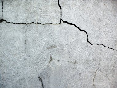 Cement cracks