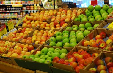 Shopping some fruits in a supermarket
