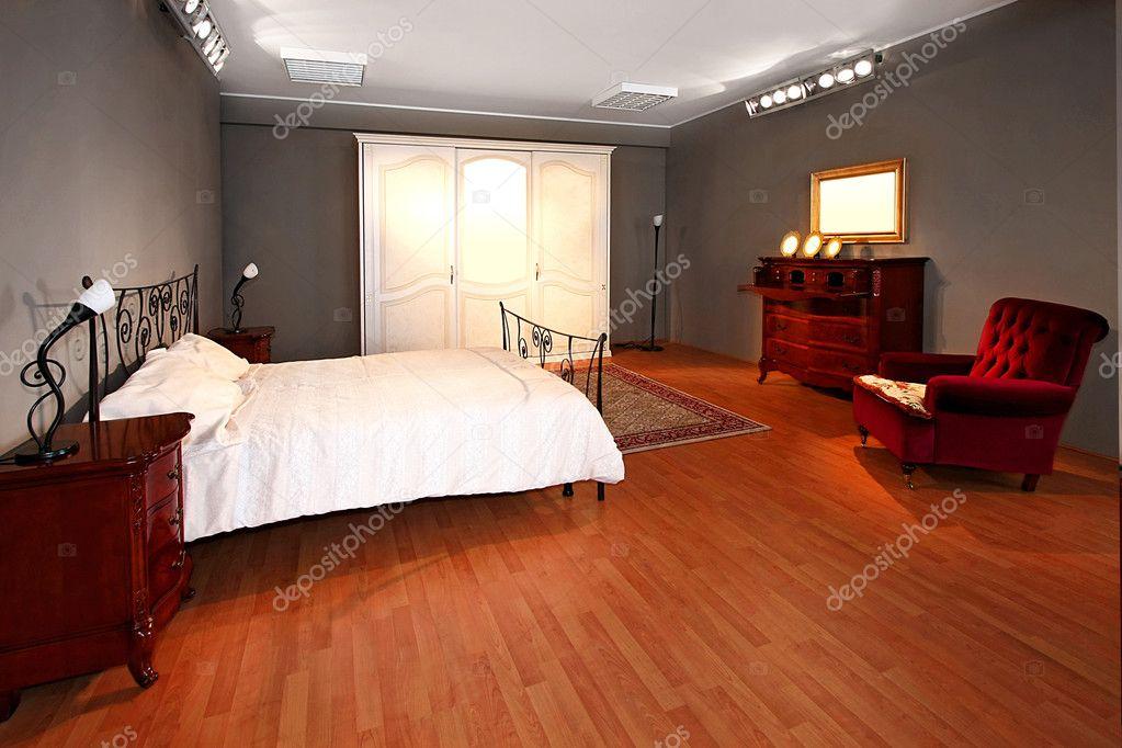 alte Schlafzimmer — Stockfoto © Baloncici #2894591