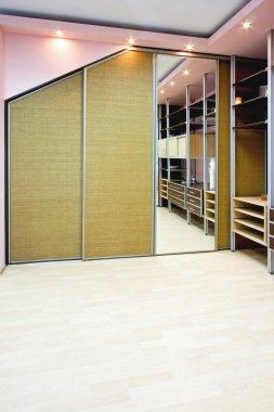 New wardroom vertical